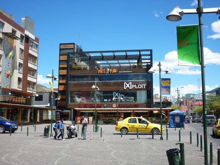 foch square